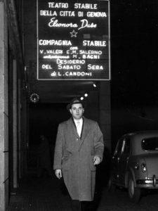 Luigi Candoni ad una delle sue rappresentazioni teatrali